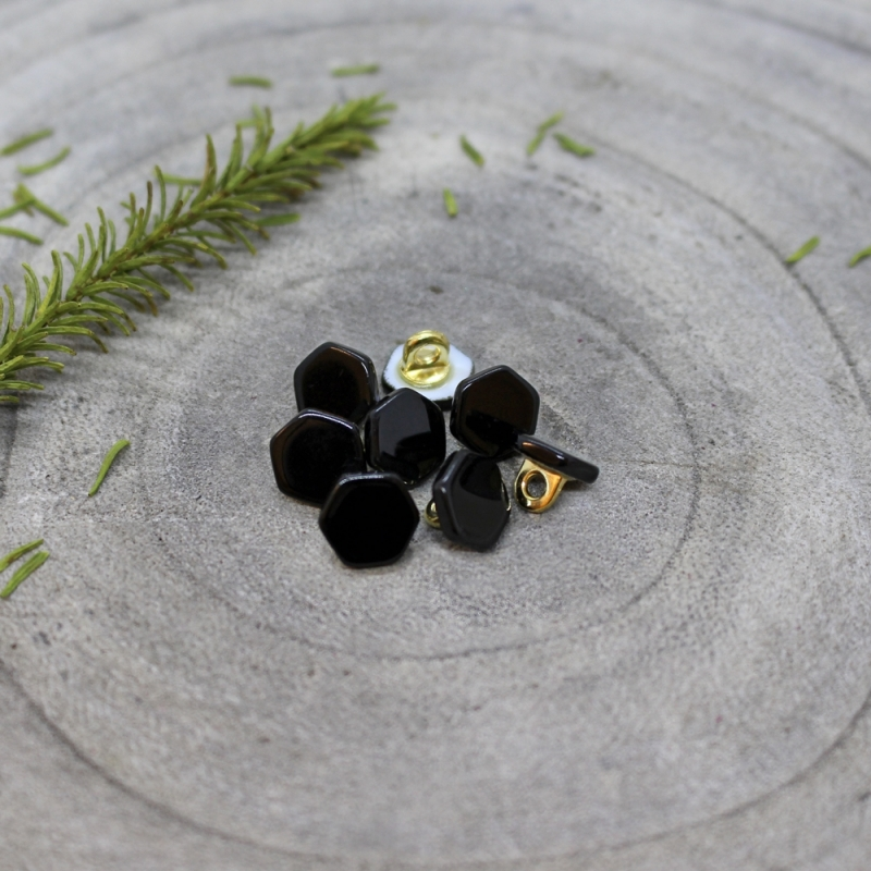 ATELIER BRUNETTE Quartz Buttons - Black
